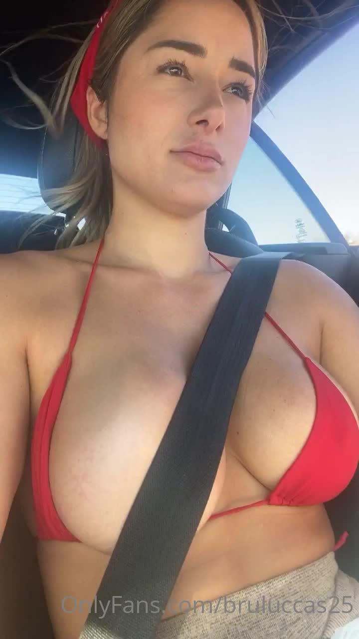 Bruninha Luccas famosinha do Instagram vídeo 07